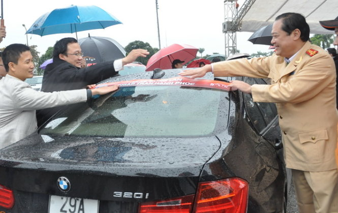 Automobile forum, national committee initiate traffic safety awareness program in Vietnam