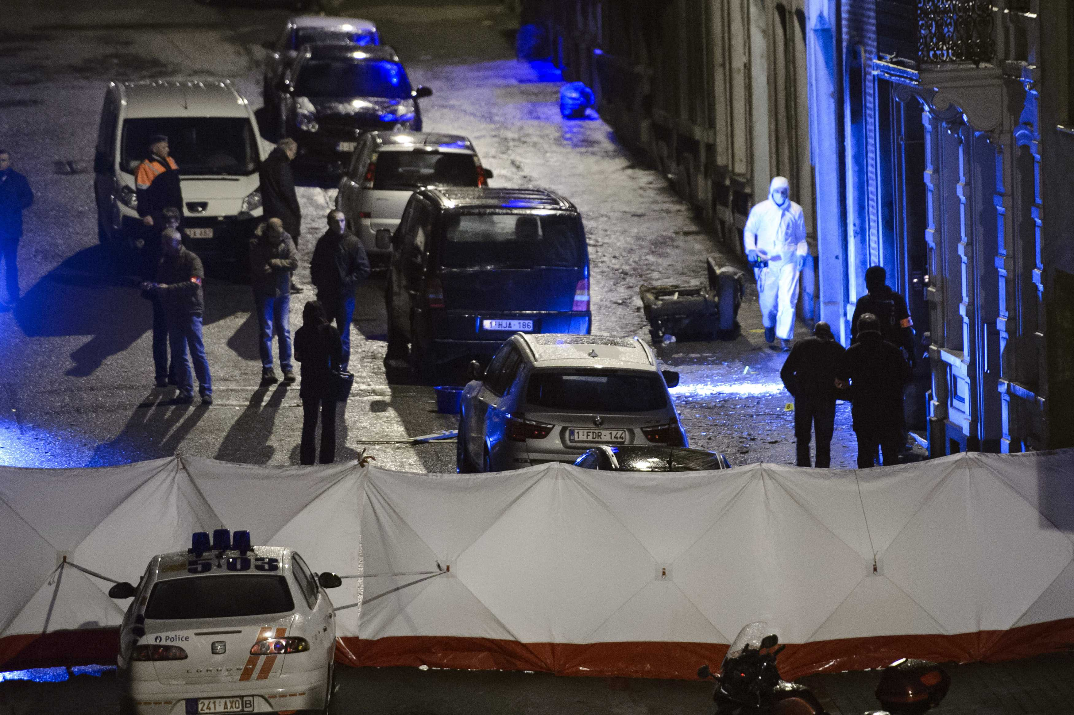 Belgian police kill two in raid on suspected Islamists