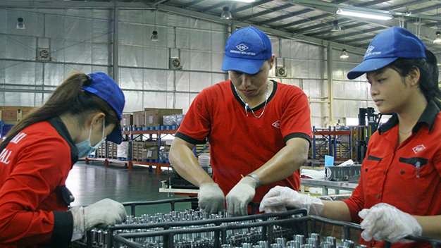 Vietnam's manufacturing index rises fastest due to cost competitiveness: report