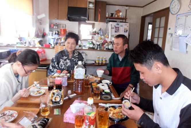 Vietnamese music lecturer narrates memorable homestay in Japan