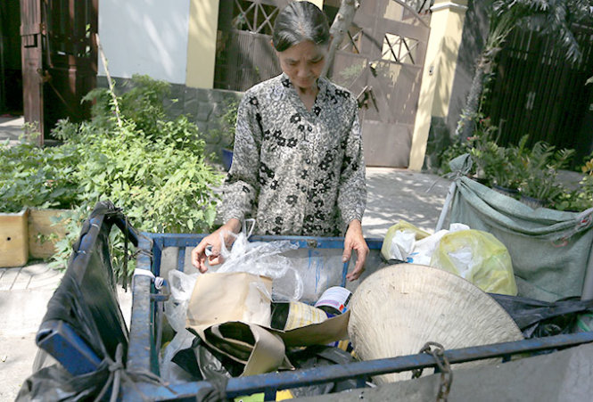 Poor parents in Ho Chi Minh City spend Tet far from home