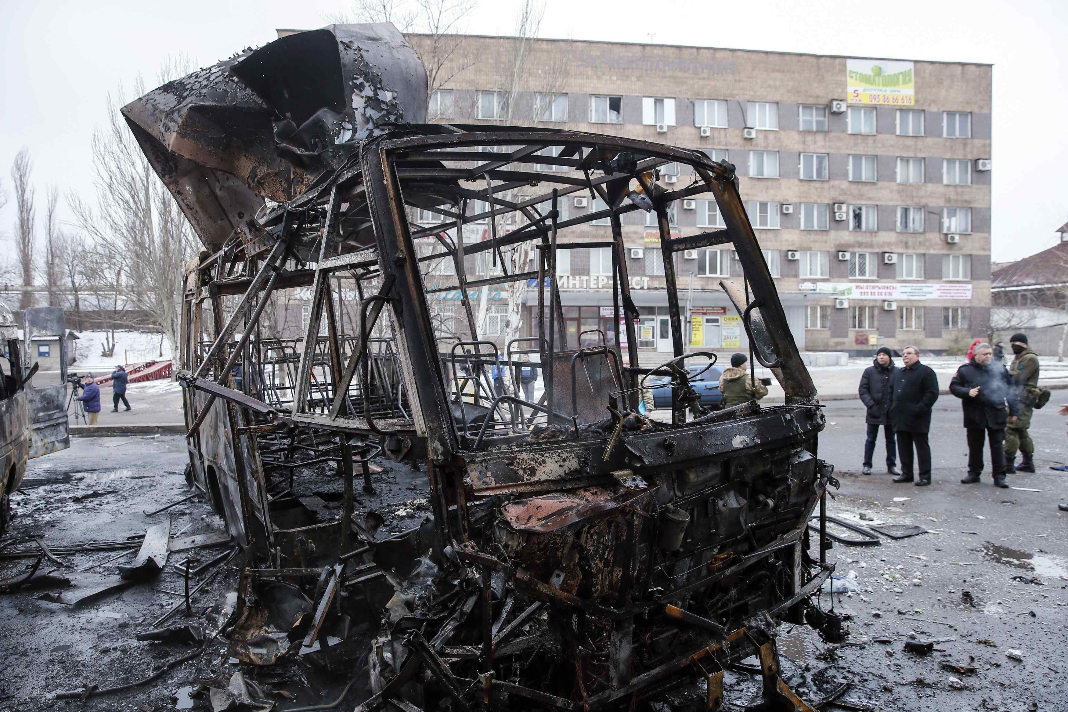 Rebel attacks kill 19 Ukrainian soldiers near rail junction in east - Kiev military
