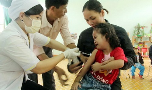Measles spreads to 25 localities in Vietnam