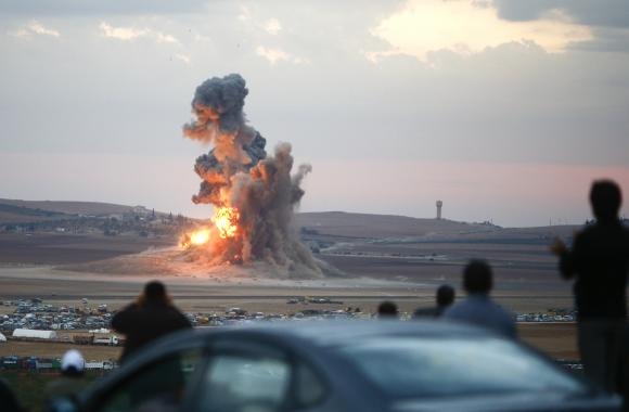 U.S., allies stage 25 air strikes on Islamic State: joint task force