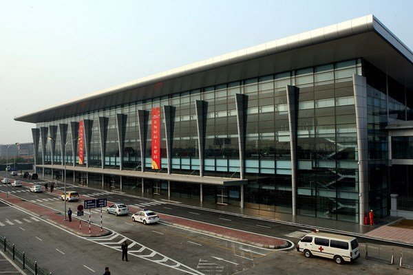 Vietnam Airlines asks to buy entire terminal of Hanoi airport