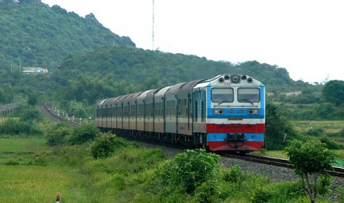 Vietnam to open doors for private investment in railway infrastructure
