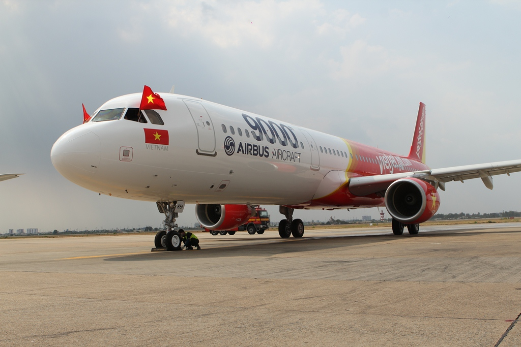 Vietnam carrier gets new aircraft as Airbus hits 9,000th milestone