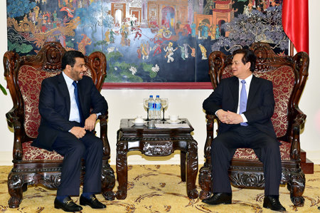 Vietnam welcomes Qatari firms to buy stake in local companies: PM