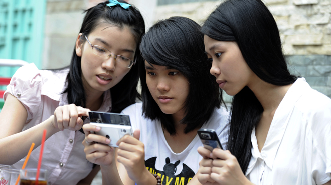 Vietnam to launch 4G services in 2016: deputy minister