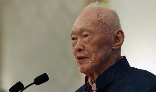 Modern Singapore's founding father, Lee Kuan Yew, dies at 91