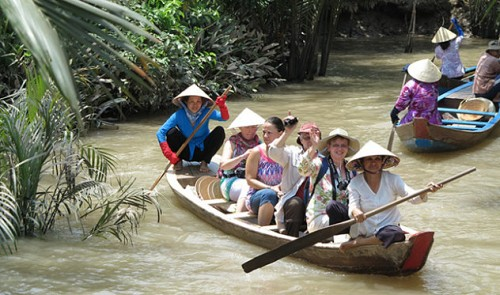 Why do small issues result in enormous damage to Vietnam tourism?