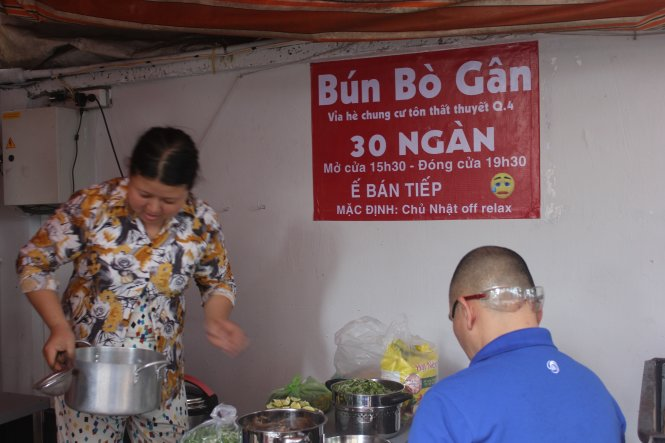 Saigon's 'coolest noodle stall' amuses all but authorities