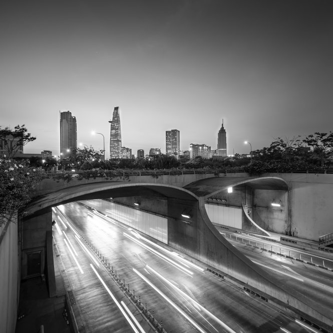 Thu Thiem Tunnel, which crosses the Saigon River, is considered symbolic of Ho Chi Minh City's strides in infrastructure development. This photo was taken in March 2015 by Nguyen Thanh Tung.