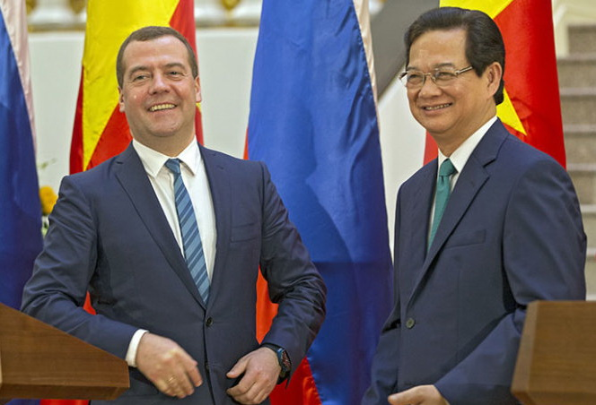 Vietnam, Russia agree to deepen all-around ties, especially in trade, energy