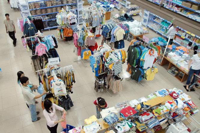 Vietnam's Vingroup says buying Vinatex's supermarket chain