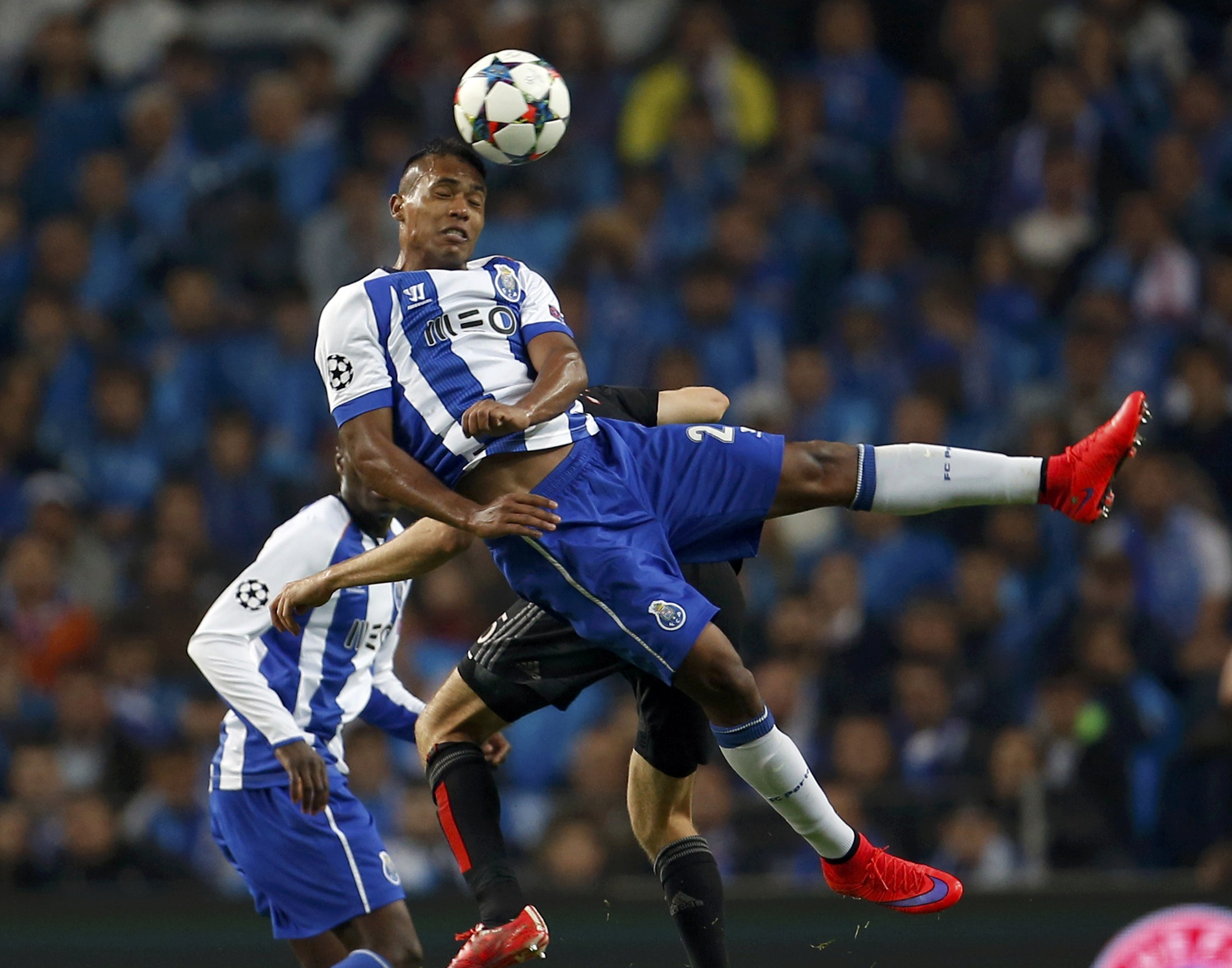 Porto poised for semis after stunning Bayern