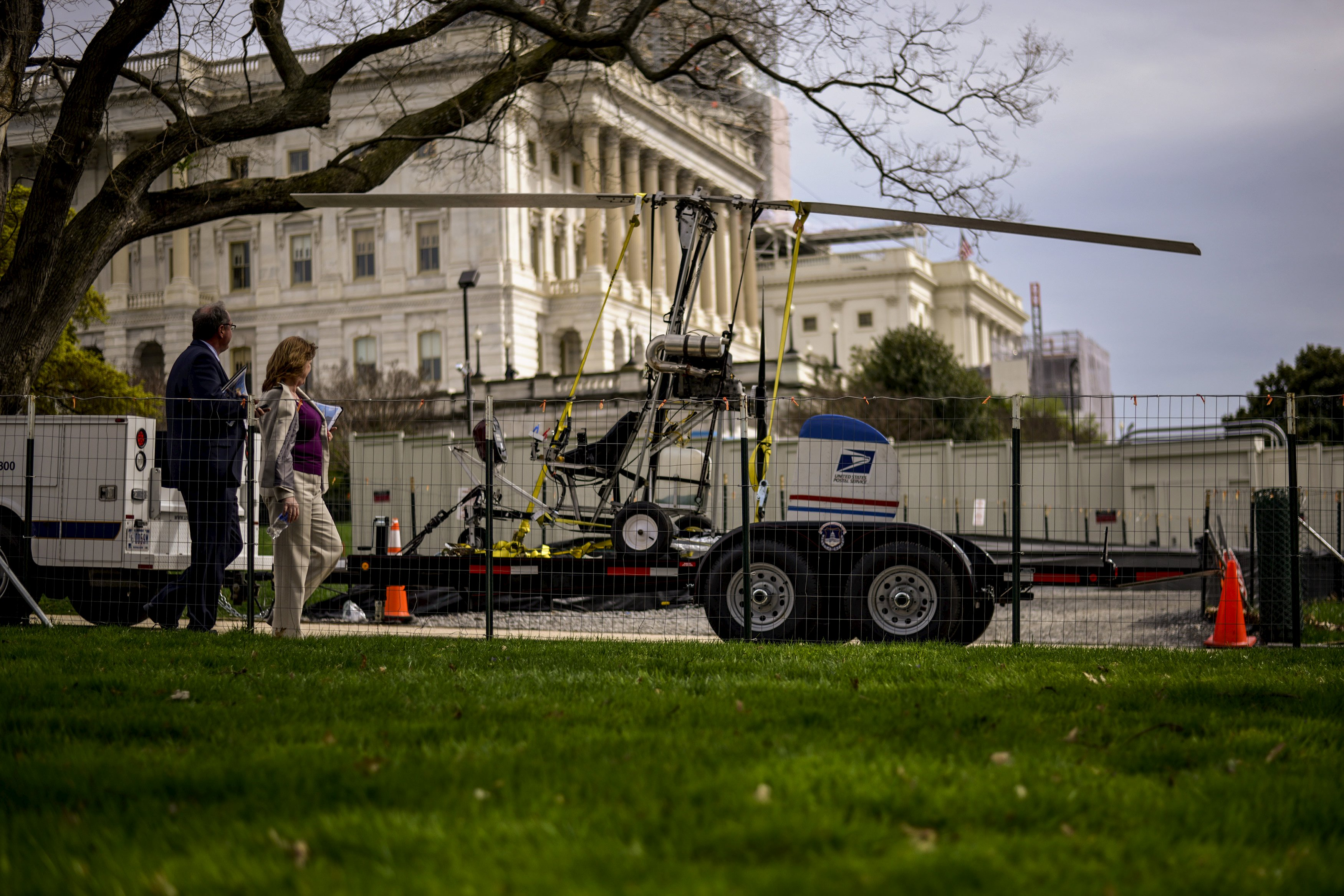 Florida man arrested after landing small helicopter on U.S. Capitol grounds