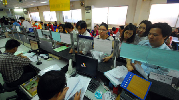 Foreign businesses still hurt by bribes in Vietnam: report