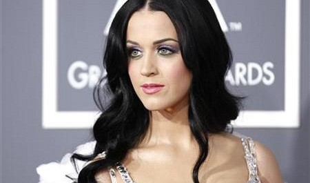 Katy Perry to join Forbes summit with Vietnamese youth next month