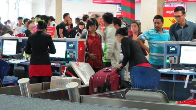 Vietnam enhances surveillance at airports to prevent smuggling