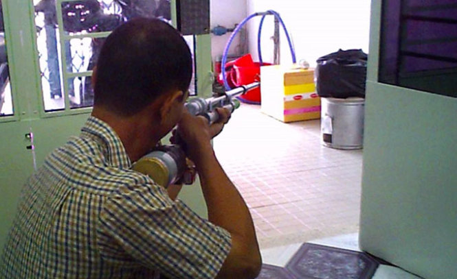 Home-made air guns publicly on sale in Vietnam despite ban