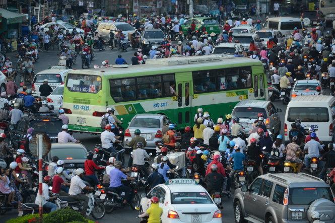 Ho Chi Minh City targets reduced traffic jams, flooding next year