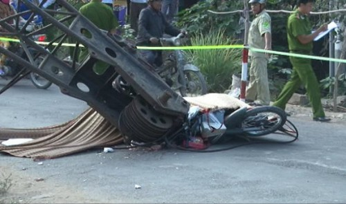 Mother, two kids killed in crane collapse in southern Vietnam