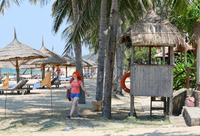 In Vietnam, resorts slammed for acting as if they owned beaches