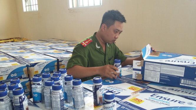 Hanoi police seize big bulk of contraband, including Ensure liquid milk