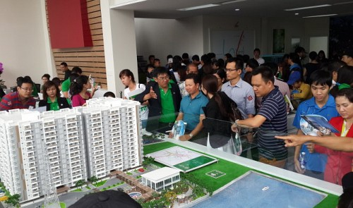 Vietnam realty market shows recovery signs; insiders say no bubble will form