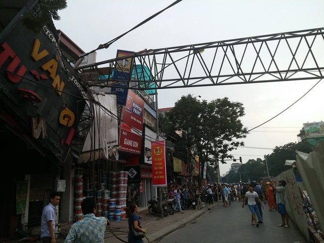Hanoi orders removal of 16 unsafe cranes at construction sites