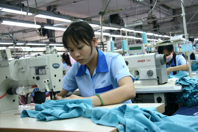 Vietnam's NA urged to admit fault in social insurance restriction