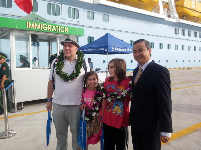 US cruise operator brings wealthy tourists to Vietnam, pledges $5mn to upgrade seaport