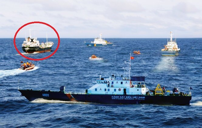 Vietnamese coast guards vs. pirates – P3: All 11 pirates surrender, unhurt