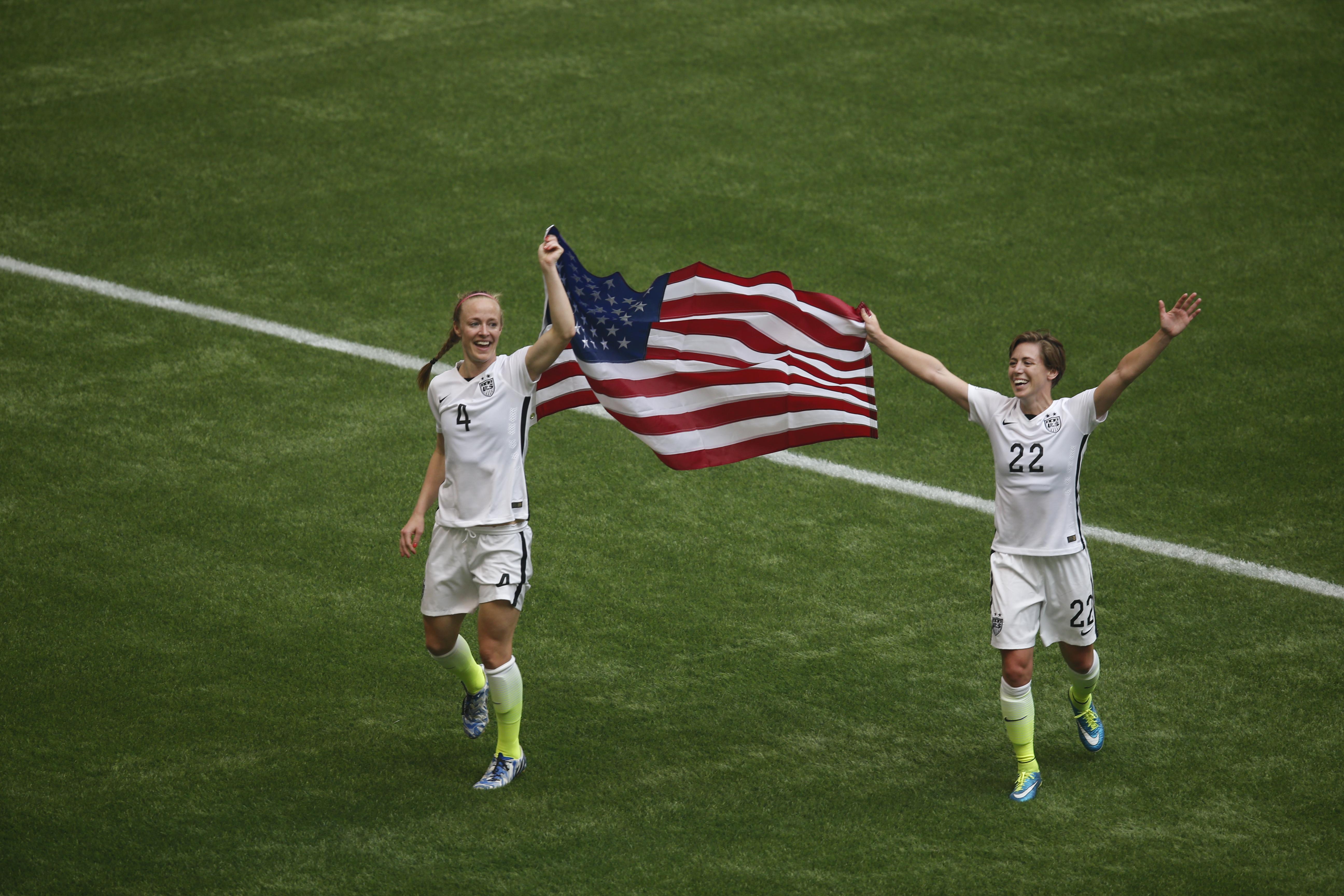 Lloyd hat-trick inspires U.S. World Cup victory