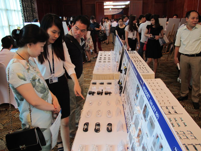 Vietnamese suppliers face tough quest to become stars in Samsung's eyes