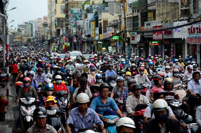 Vietnam ministry to propose that government halt road fee collection