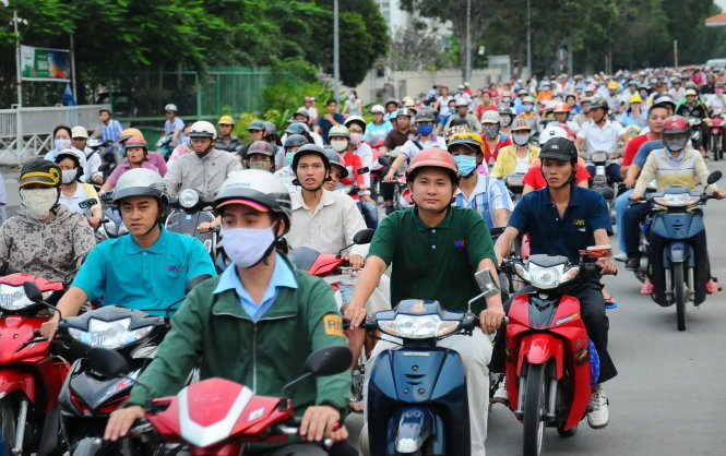 Vietnam may cease collecting road fees from motorbike owners in early 2016