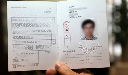 Vietnam to begin issuing International Driving Permits to foreigners in October