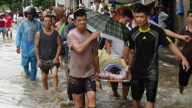 Floods kill 17 in northern Vietnam