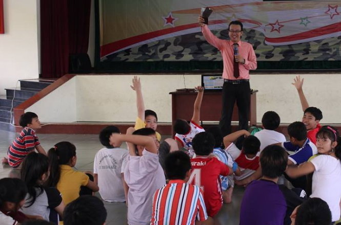 In Vietnam, youths find learning danger escape skills necessary