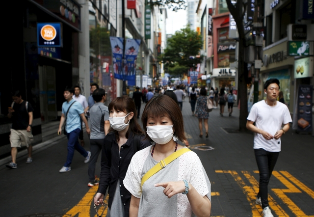 South Korea replaces health minister criticised over MERS outbreak