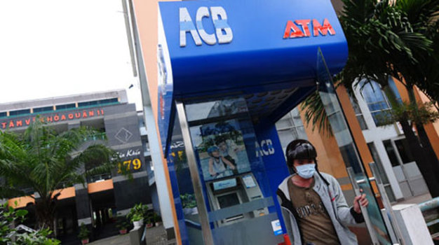 Bulgarians apprehended for using fake ATM cards to steal $90,000 in Vietnam