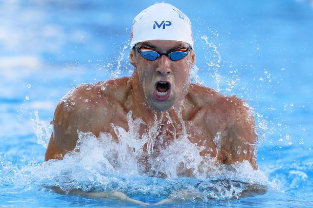 Phelps sets fastest time of year in 200m medley