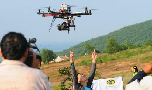 Users need permission to fly camera drones: Vietnam defense ministry