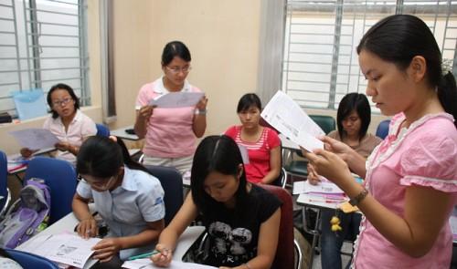 Vietnam plans to change education system, arousing concerns over teacher retraining