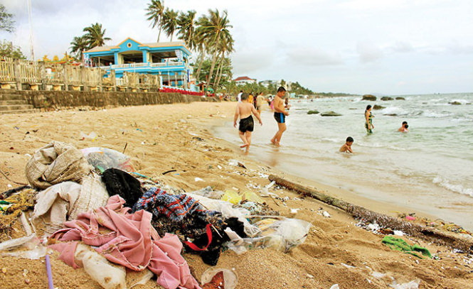 Vietnam's Phu Quoc Island grows unsightly with omnipresent litter