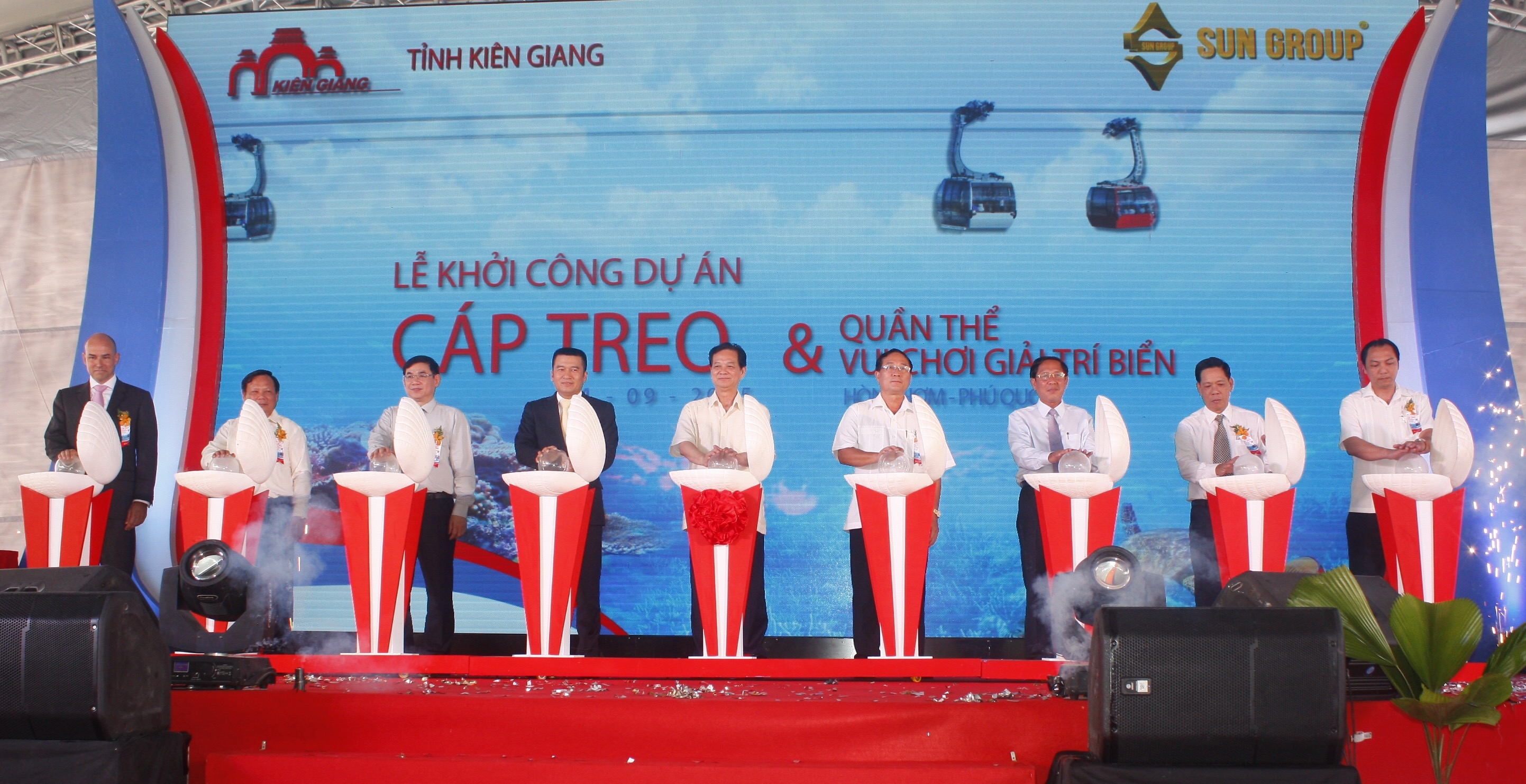 Work starts for cable car, electric transmission systems off southern Vietnam