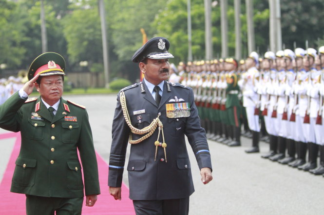 Indian Air Force Chief visits Vietnam to bolster defense ties