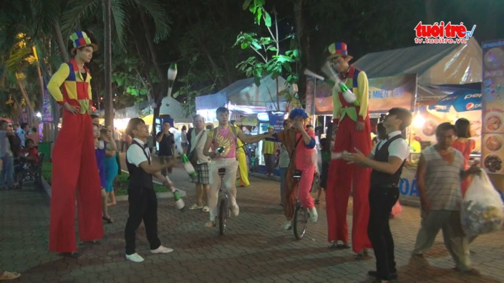 Int'l fest for expats opens in Ho Chi Minh City